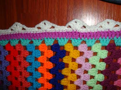 the edging of my granny stripes blanket