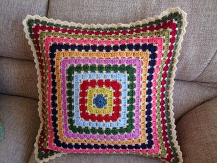 mosaic-cushion