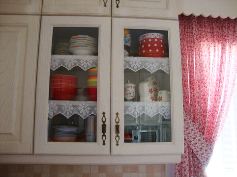 3-kitchen-crochet-shelves