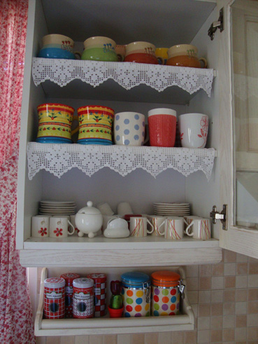 6-kitchen-crochet-shelves