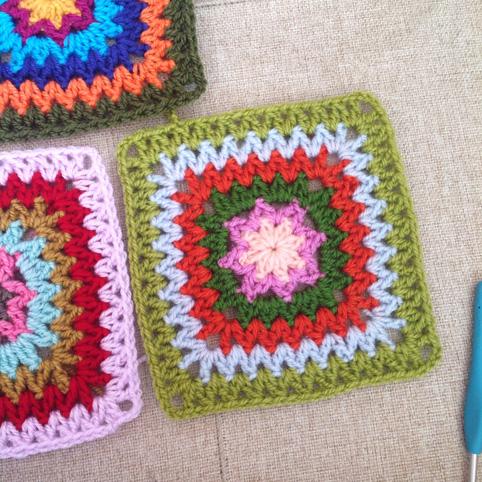 V stitch square
