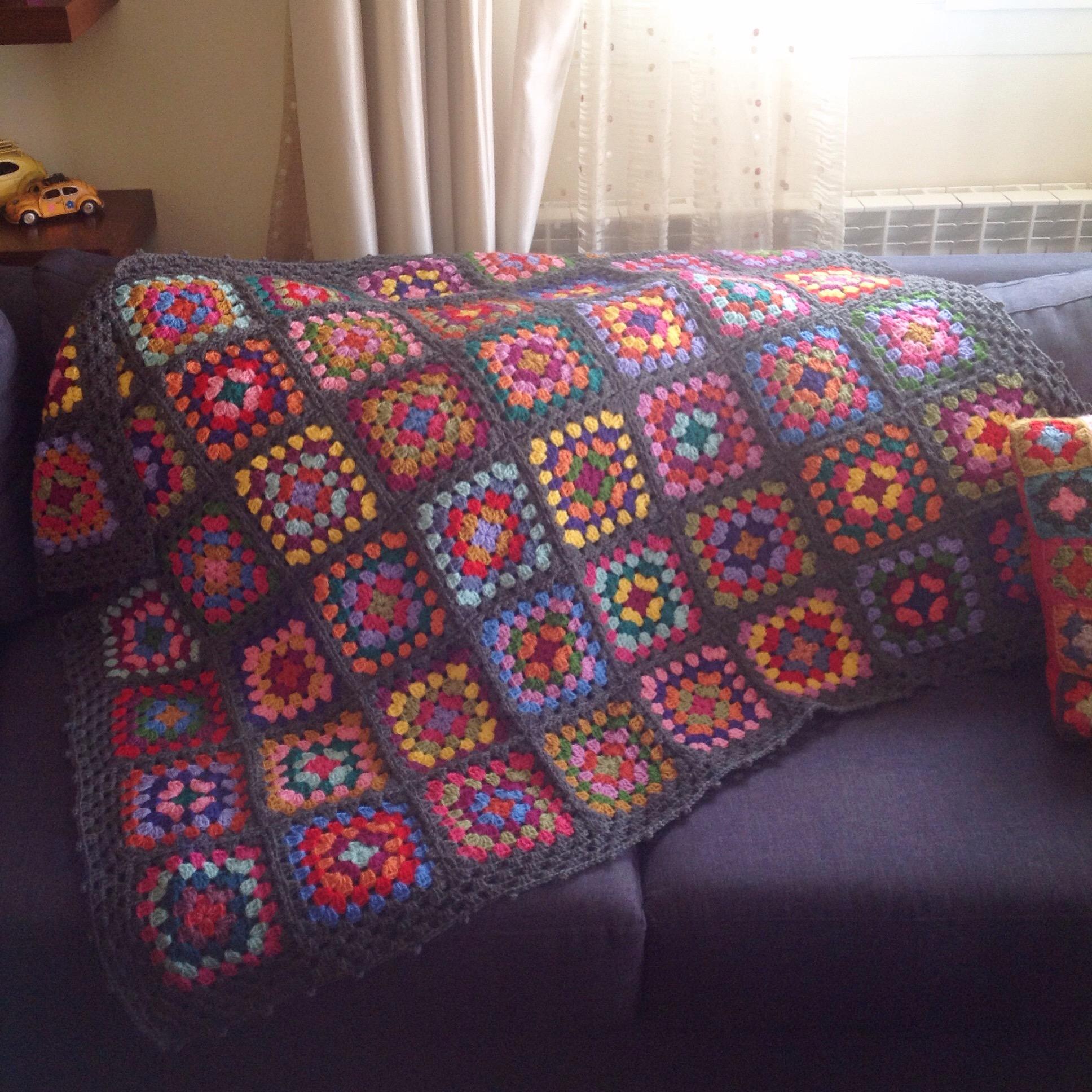 Blanket love ❤️💙💛💚💜